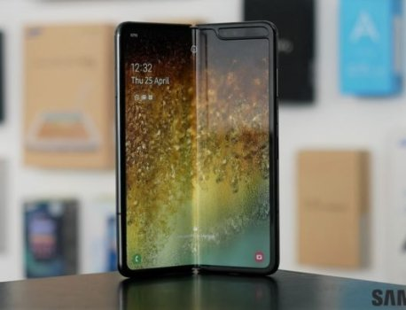 Galaxy Fold goes on sale in China, sells out in five minutes