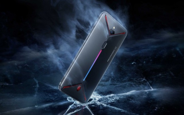 The Eclipse Black color of nubia Red Magic 3s is finally available