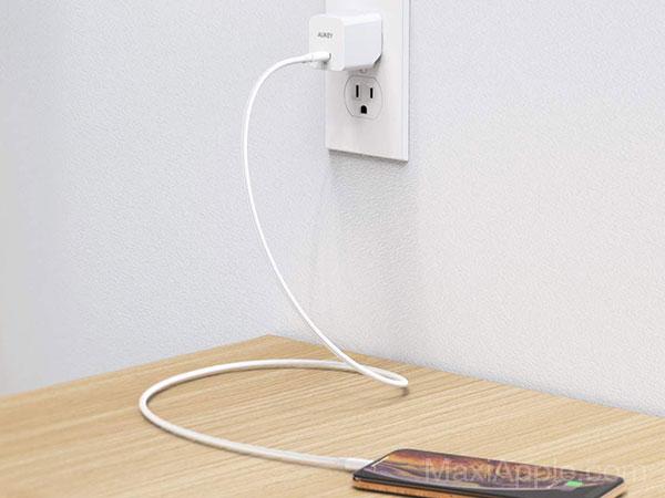 mini chargeur rapide aukey minima 27w usb c iphone macbook 05 - AUKEY Minima, Mini Chargeur USB-C iPhone 3x Plus Rapide