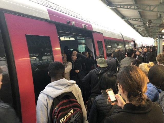 Les prévisions de trafic dans les transports en commun d'Ile-de-France ont été annoncées pour lundi 9 décembre 2019.