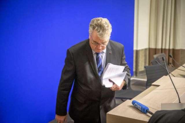 Jean-Paul Delevoye, haut-commissaire aux retraites, lors d'une conférence de presse au ministère de la santé à Paris, le 9 décembre.
