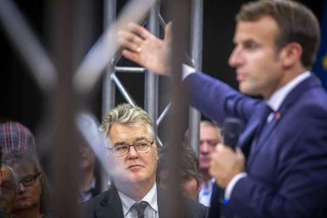 Jean-Paul Delevoye et Emmanuel Macron, président de la république participent à un débat sur le thème des retraites à Rodez, jeudi 3 octobre 2019