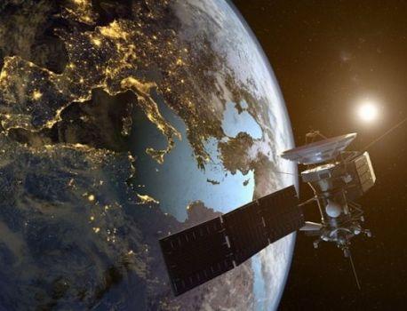 Vidéo : l'agence spatiale européenne lance la course au nettoyage de l'orbite terrestre