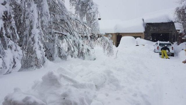 A Saint-Pierre-dels-Forçats dans les Pyrénées-Orientales, il est tombé 1,5 m de neige. Il n'y a plus d'électricité depuis ce matin. (22/01/2020) / © A.Guiraud/FTV