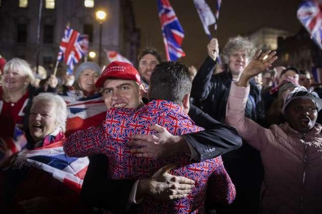 Les partisans de Nigel Farage célèbrent le Brexit sur la place du Parlement, à Londres, le 31 janvier 2020.