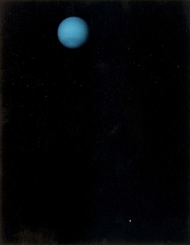 Neptune and tinydot Triton