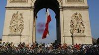 Le report du Tour de France a été rendu inéluctable à la suite de l'intervention du président Macron.