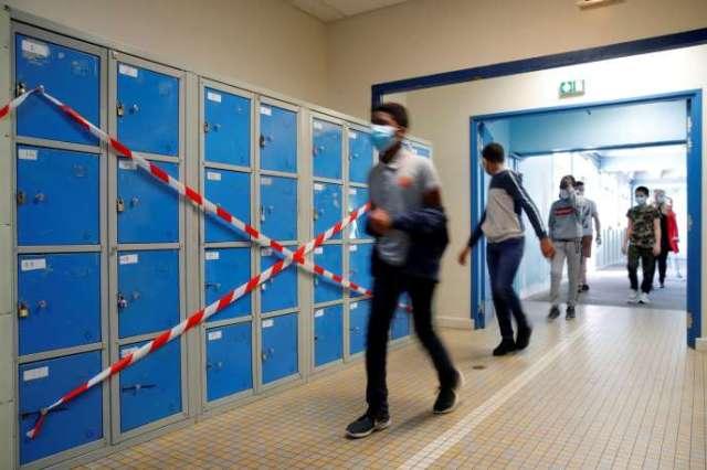 Des élèves du collège Rosa Parks, le 20 mai, à Nantes.