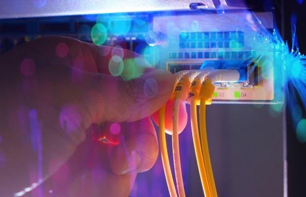 Facebook s'associe à Orange et ASN pour l'édification d'un câble sous-marin d'envergure