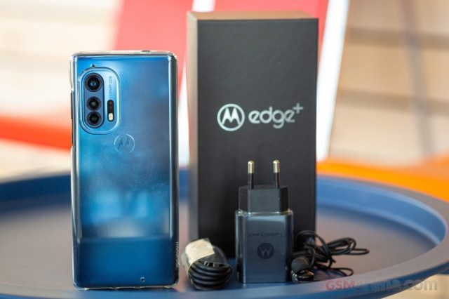 Motorola Edge+ teardown reveals aluminum midframe, lots of copper inside