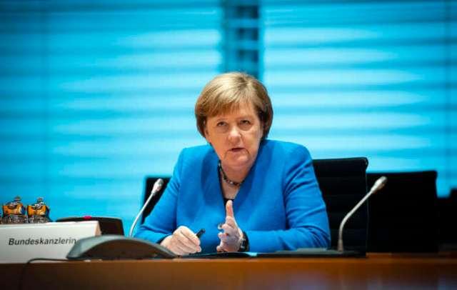 La chancelière allemande, Angela Merkel, lors de l'entretien avec le réseau de médias Europa, à Berlin,le 22 juin.