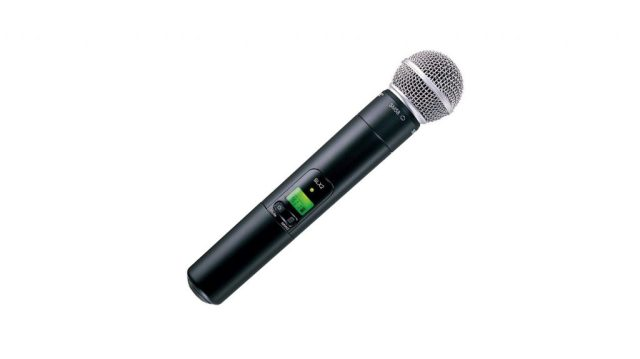Shure SLX124/85/SM58 wireless microphone pack product image of just the SM58 handheld mic.