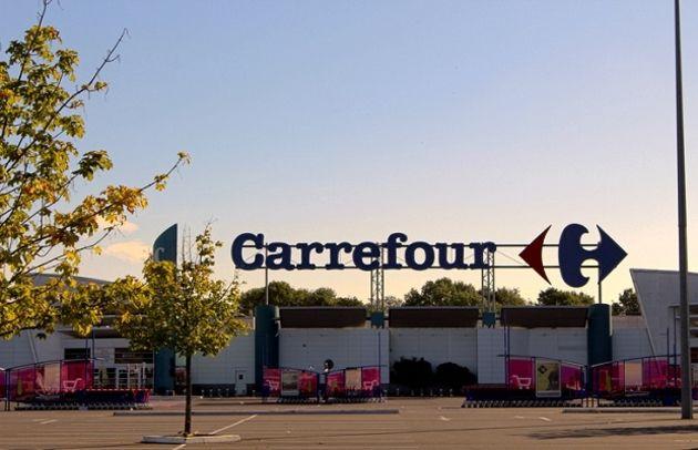 Carrefour renforce son partenariat avec le livreur Uber Eats
