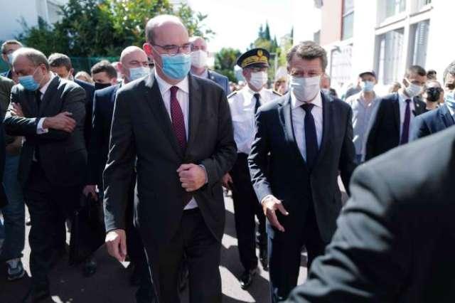Le premier ministre, Jean Castex, accompagné du maire de Nice, Christian Estrosi, et du ministre de la justice, Eric Dupond-Moretti, le 25 juillet.