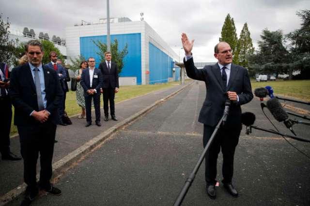 Le premier ministre, Jean Castex, s'est rendu samedi 4 juillet à Corbeil-Essonnes sur le site de recherche et de production de semi-conducteurs du groupe X-FAB France.