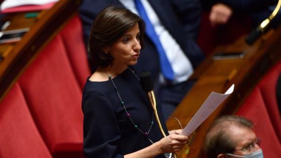La députée MoDem Nathalie Elimas lors d\'une séance de questions au gouvernement, le 8 juillet 2020.