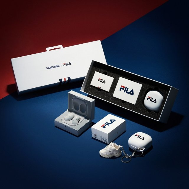Samsung Galaxy Buds Live FILA Limited Edition Version Package