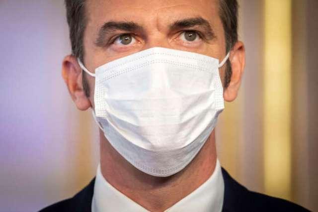 Olivier Véran, ministre de la santé, lors d'une conférence de presse à l'hôtel Matignon, à Paris, jeudi 27 août 2020.