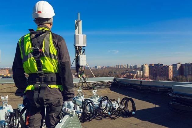 Les opérateurs déboursent 2,8 milliards d'euros pour les fréquences 5G