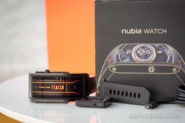 nubia watch in for review