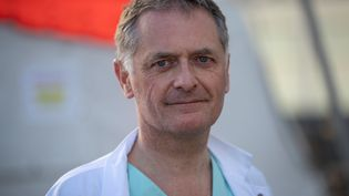 Philippe Juvin, chef des urgences à l'hôpital Pompidou et maire LR de La Garenne-Colombes (Hauts-de-Seine). (THOMAS SAMSON / AFP)
