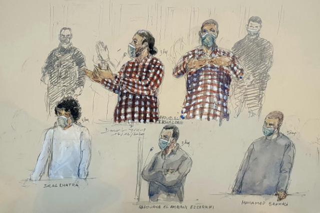 Dessin d'audience représentant les accusés du procès de l'attentat du Thalys, Ayoub El-Khazzani (en haut), Bilal Chatra, Rédouane El Amrani Ezzerifi et Mohamed Bakkali (en bas de gauche à droite), devant la cour d'assises spéciale de Paris, le 17 décembre.
