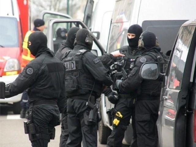 Deux membres de l'ultra-gauche ont été interpellés dans un squat à Toulouse, soupçonnés de préparer des actes terroristes.