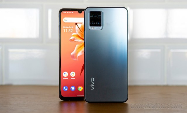 vivo V20 (launched in October 2020)