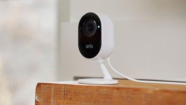 arlo indoor essential camera