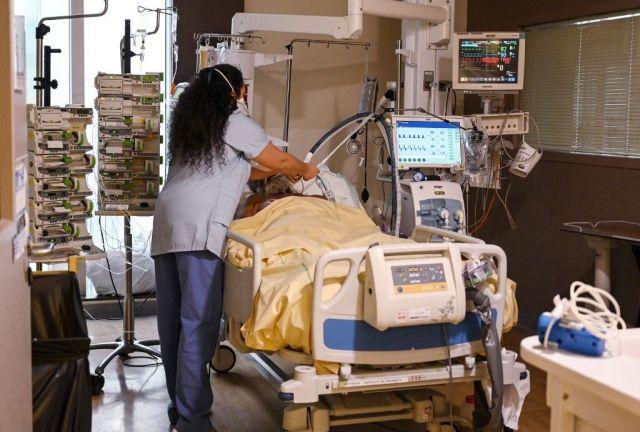 Covid-19: Plus de 5700 patients en réanimation, le plus élevé depuis près...