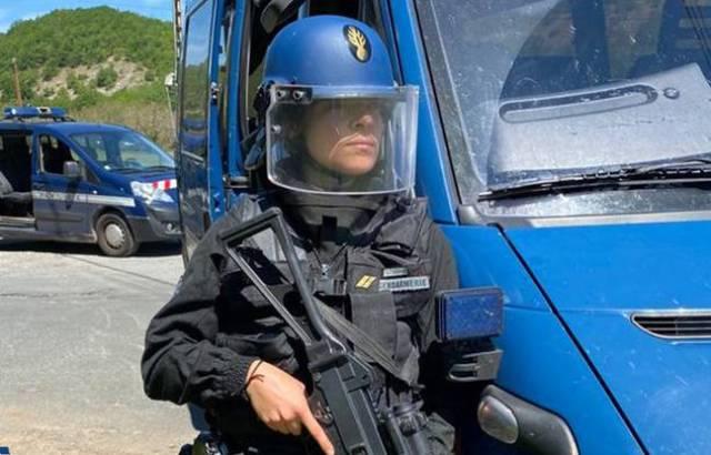 Dimanche e début d'après-midi, 250 gendarmes étaient déployés pour appréhender le fugitif armé à Lardin-Saint-Lazare (Dordogne)