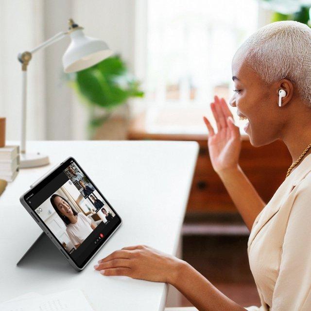Combo Touch peut utiliser le pied pour vos appels vidéo