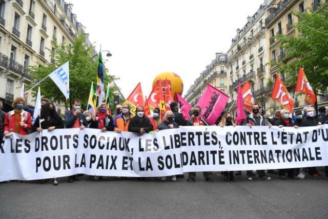 Le sécrétaire générale de la CGT, Philippe Martinez, en tête du cortège, le 1er mai 2021 dans le défilé parisien.