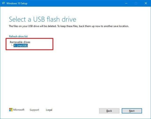Select USB flash drive option to create UEFI Windows 10 installer