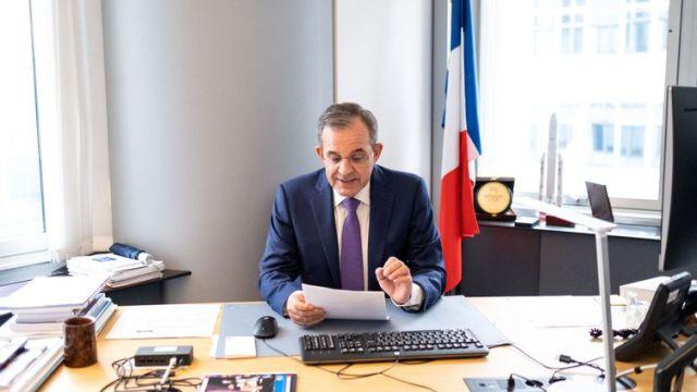 Thierry Mariani au Parlement européen, le 18 mars 2021, à Bruxelles. (MARTIN BERTRAND / HANS LUCAS / AFP)