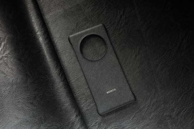 The first official image of an Honor Magic3 protective case