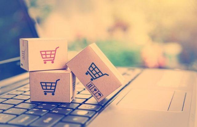 Les acteurs du e-commerce surveillent leur empreinte environnementale