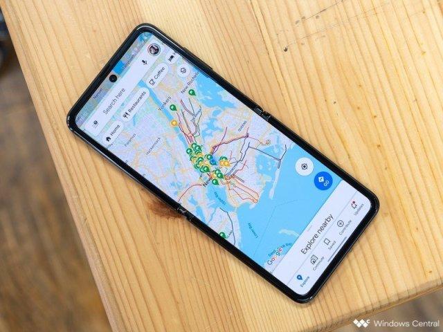Galaxy Z Flip Black Google Maps
