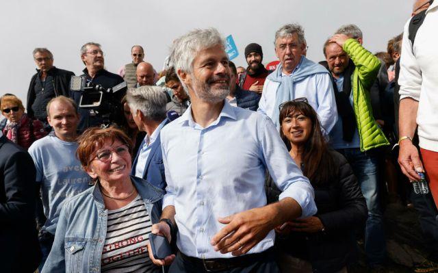 Les Estables (Haute-Loire), le 29 août. Laurent Wauquiez a pris la parole devant ses soutiens pour confirmer et expliquer son choix de ne pas être candidat à la primaire de la droite. LP/Olivier Corsan
