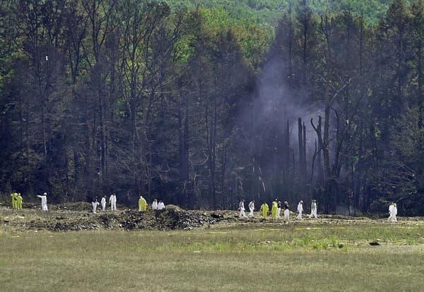 Le vol 93 de United Airlines, détourné par des terroristes, devait avoir pour objectif le Capitole à Washington D.C. L'avion s'écrasera finalement en Pennsylvanie, après que des passagers ont tenté d'en reprendre les commandes.
