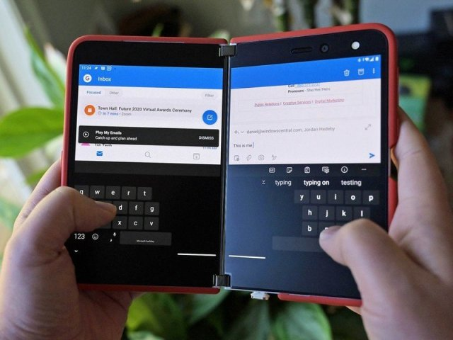 Swiftkey Spanned Typing Surface Duo