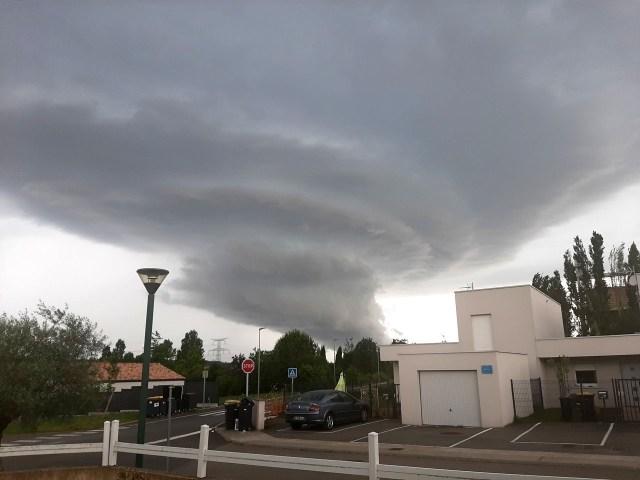 Localement, les cumuls de pluie pourraient atteindre 100 ml, notamment au sud du Tarn.