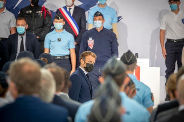 Emmanuel Macron, au Beauvau de la sécurité, à l'Ecole nationale de police, à Roubaix (Nord), le 14 septembre.