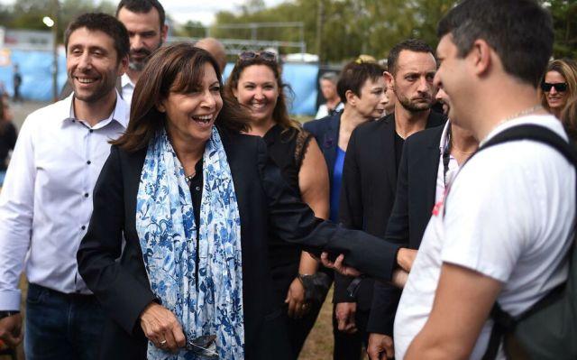 Anne Hidalgo, qui officialisera dimanche sa candidature à l'Elysée, s'est rendue ce samedi à la Fête de l'Huma. AFP/Lucas Barioulet