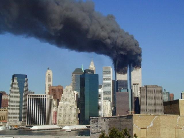 Les tours jumelles de New York, quelques minutes avant leur effondrement