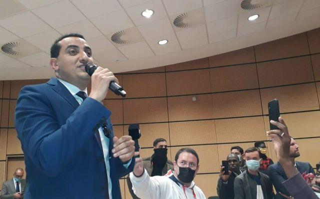 """Trappes, ce dimanche soir. """"Je me suis battu pour défendre cette ville et son honneur"""", a déclaré Ali Rabeh, dont la liste a remporté la majorité des suffrages dès le premier tour. LP/M.G."""