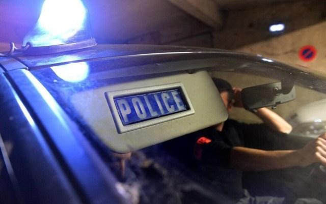 Des policiers en intervention nocturne