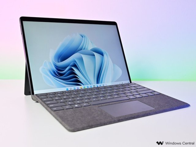 Surface Pro 8 Hero