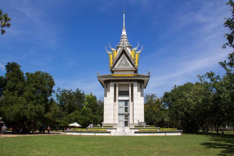 Khmer Rosso-anni-di-brutalità-e-sterminio-nella-Cambogia