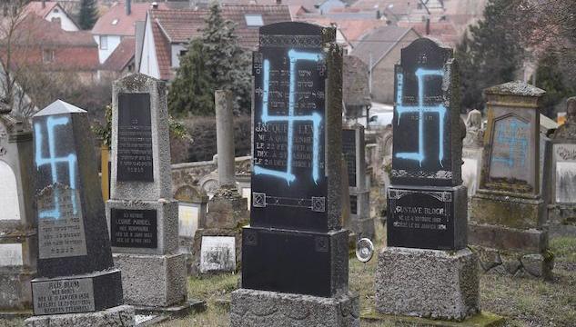 Macron annuncia lotta all'antisemitismo